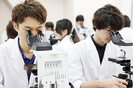 顕微鏡検査室