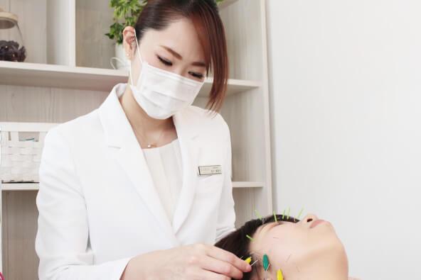 お客様の美容の悩みを美容鍼で解決することが私の仕事です。